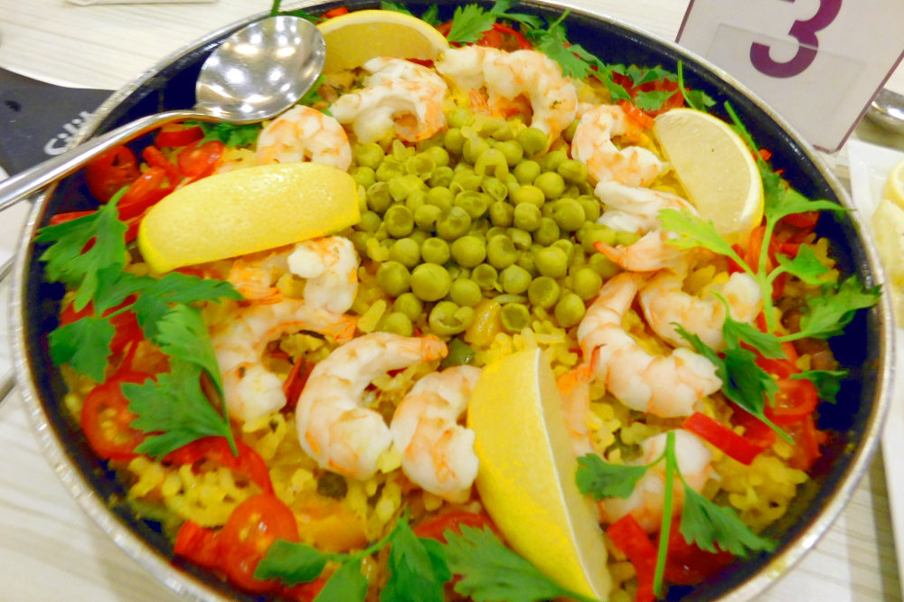 Paella of Prawn And Chicken