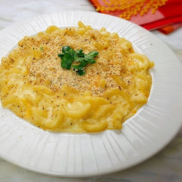Mac and cheese for food recipe blog