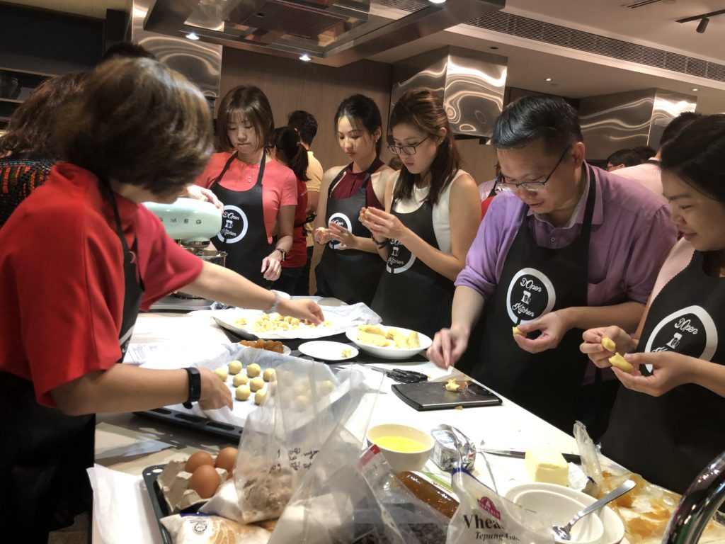 Team building baking activity